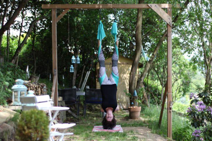 AerialYoga im YogaGarten - tanzundfreiraum.de